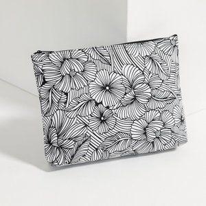 Thirty One Zipper Pouch- Garden Sketch